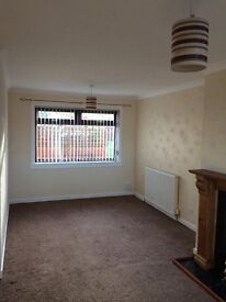 2 bed unfurnished semi to let in Catrine £400 p.c.m