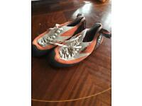 Ladies Red chilli 4.5 climbing shoes