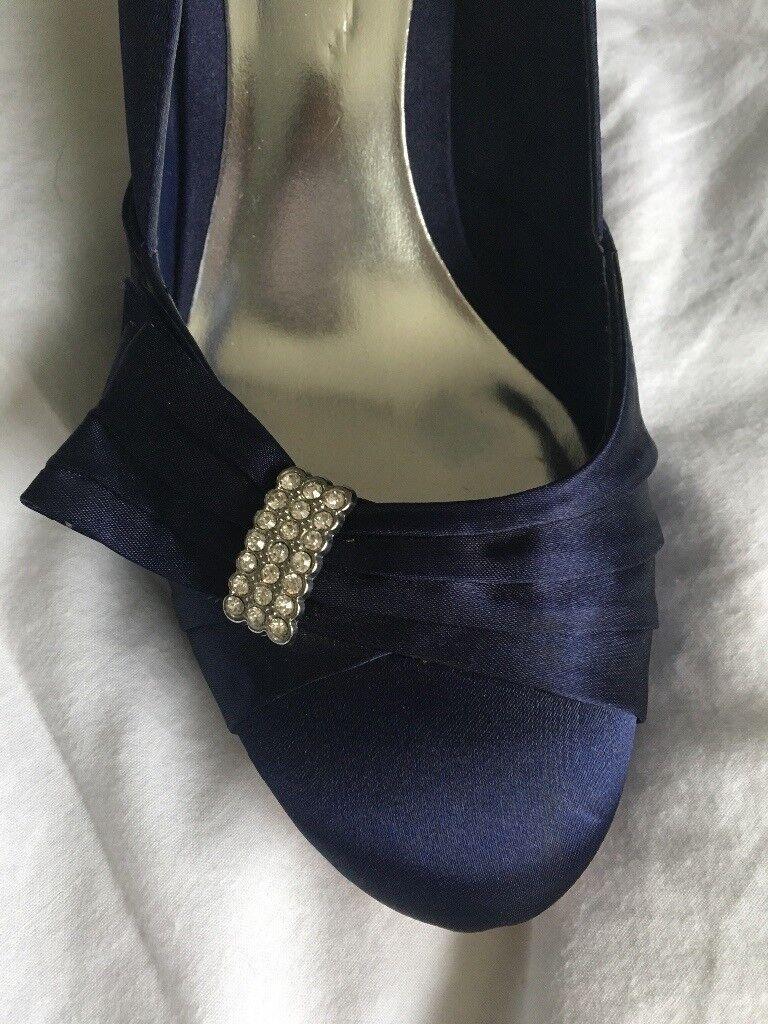 Blues Monsoon shoes with diamanté detail (size 7/40)