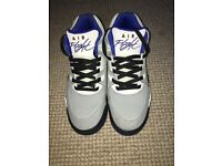 Size 6 Unisex Nike Air Flights mostly grey white black and blue details