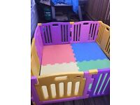 MULTICOLORED PLASTIC PLAYPEN WITH MATS