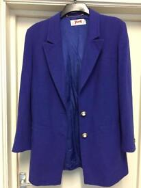 LADIES BLAZER SIZE 14