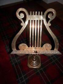 Brass adjustable music stand