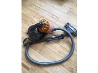 Barely used Dyson hover + FREE Gtech power sweep