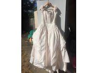 Size 16 eggshell pink wedding dress size 9yrs and 2yrs bridesmaids