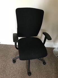 Office swivel reclyning chair
