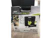 DRAPER STORMFORCE (FCAK1550) AIR STAPLER/NAILER