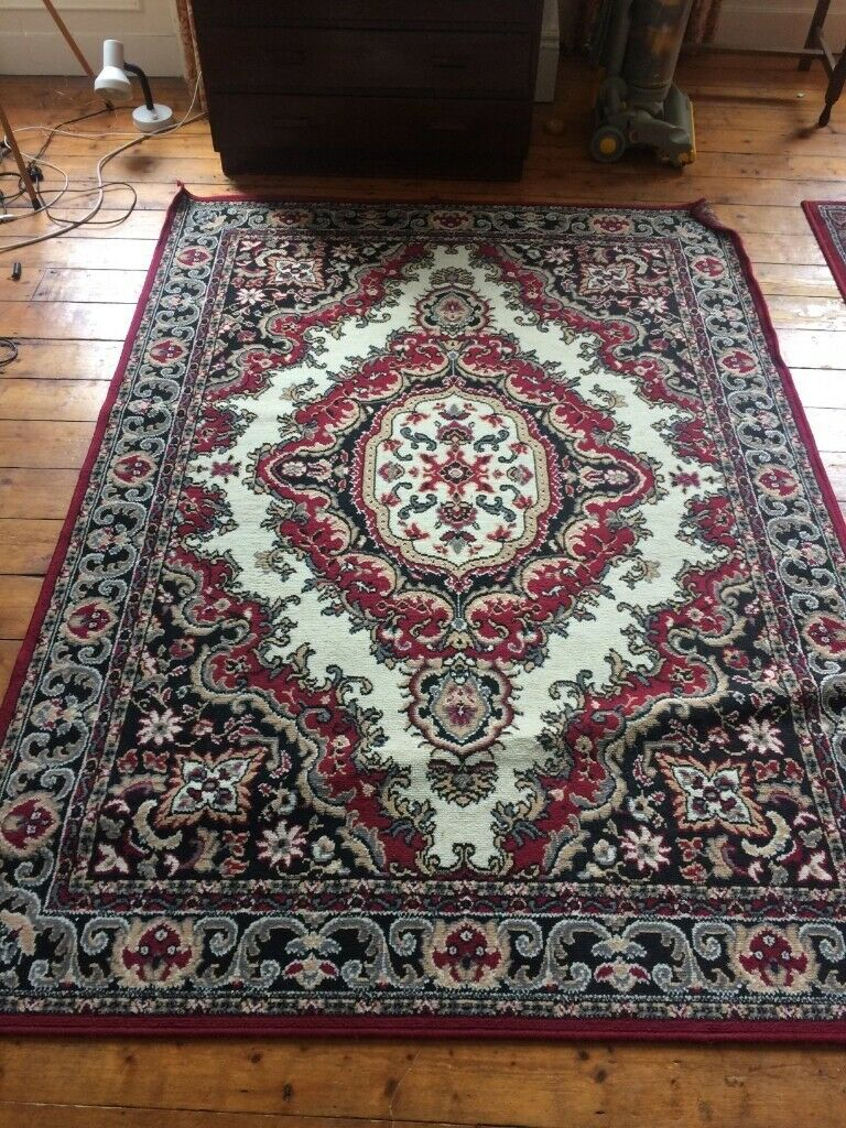 Large Persian Rug 160x225 In Newcastle Tyne And Wear Gumtree