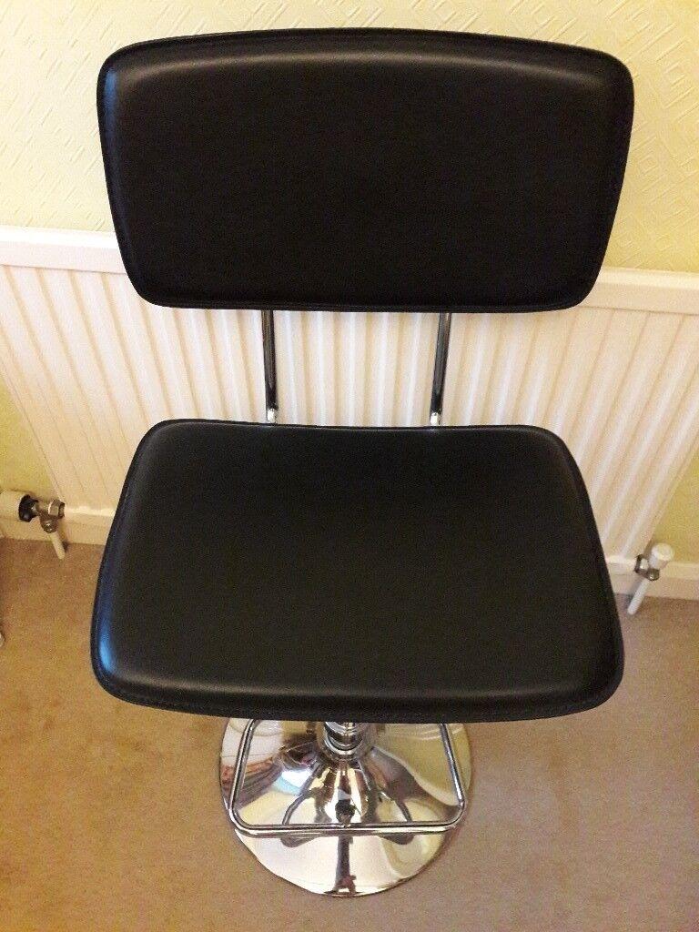 Black & Chrome Kitchen Breakfast Bar Swivel Chair