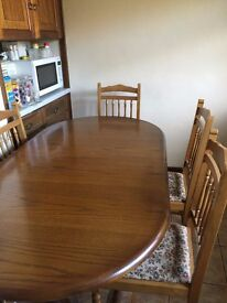 GORGEOUS DINING (EXTENDABLE) TABLE & 6 CHAIRS
