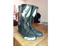 Oxtar motorcycle boots size 44