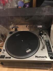 Numark TT-1510 Belt Drive Turntable