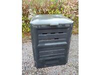 Compost bin -black