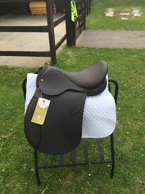 IDEAL SADDLE 17 XW