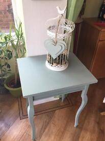 Shabby chic painted table