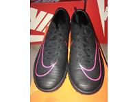 Brand New Size 7 Nike MercurialX Victory