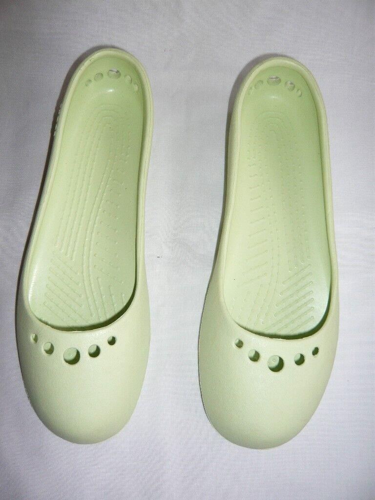 019303d7e92188 Crocs Womens Prima 10028-001-043 New unworn