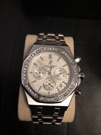 AP Royal Oak men's watch SILVER brand new Delivery available