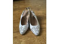 Madeleine summer leather wedge shoes (white), size 38