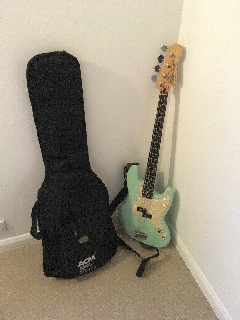 Fender Mark Hoppus Signature Bass Guitar / case and strap - Jazz / Precision rock electric