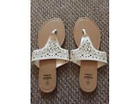 White flip flops size 7