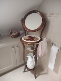 Mirror wash unit bowl and pitcher
