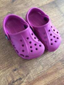 Crocs infant size 4-5