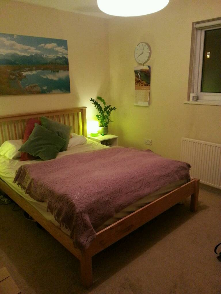 GORGEOUS HOUSE / LARGE ROOM / REAL HOME/ 5min walk to the station