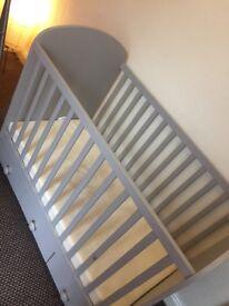 Like new wooden cot & mattress