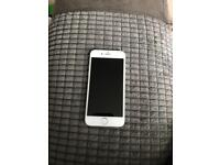 I phone 6 32gb in silver on EE