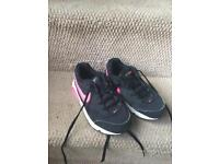 Good Condition Girls Size 12 Nike AIRMAX Trainers