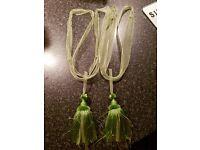 Green Curtain Tassel Tie Backs (Pair)