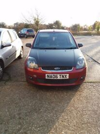 Ford fiesta 06 Hatchback 1.2 Tango Red, Great Runner 10 months M.O.T