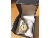 TAG HEUER Gentleman's 2000 Series Bracelet Watch - Gold Calibrated Bezel