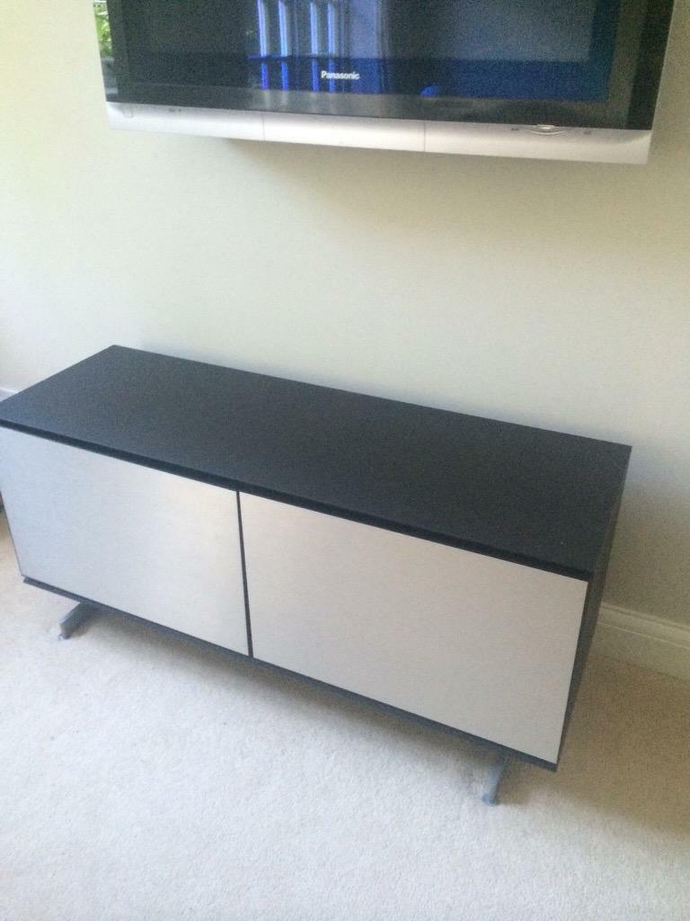 bang and olufsen tv cabinet in coulsdon london gumtree. Black Bedroom Furniture Sets. Home Design Ideas