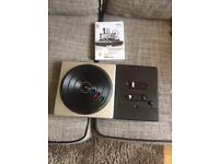 Dj Hero 2 and turntable for Wii and Wii U