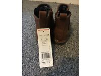 Brown shoe boots size 8
