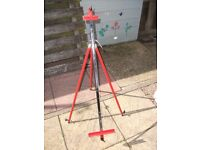 Vintage Steel Easel, Made in Italy. Good Condition.