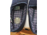 Men's slippers size 8 new , marks and Spencer