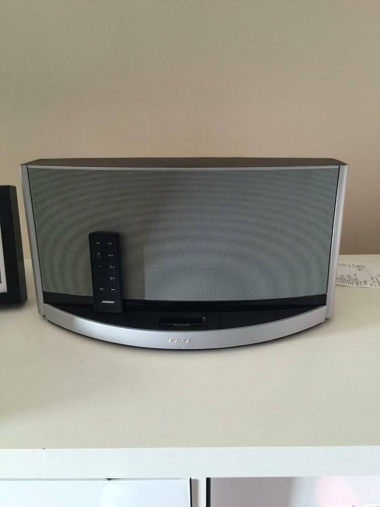 Bose sounddock 10 with remote   in Greenwich, London   Gumtree
