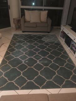 Hand Tufted Designer Rug for QUICK sale!