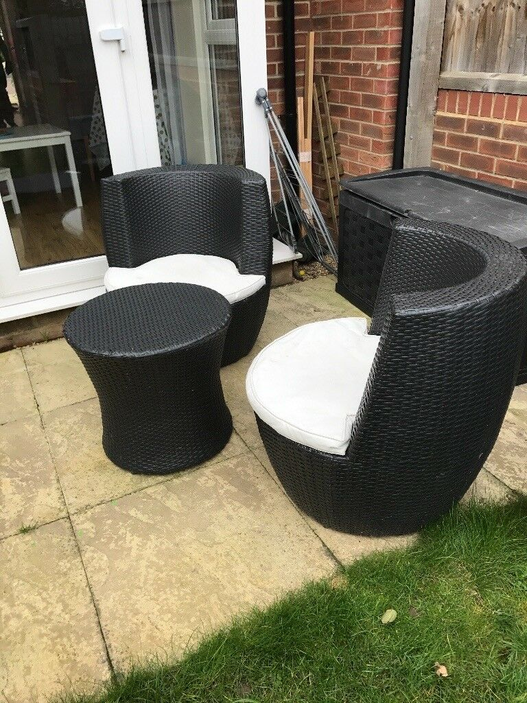 Rattan garden furniture 3 piece patio chairs and coffee table. Rattan garden furniture 3 piece patio chairs and coffee table   in