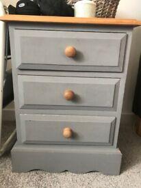 Solid wood 3 drawer bedside table