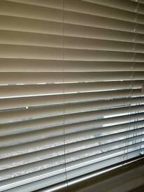Alabaster wooden blinds