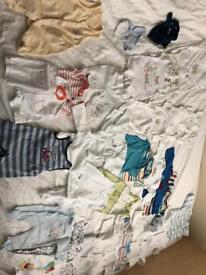 Bundle of 35 items boy - newborn