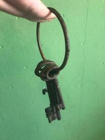 Wedding bits and pieces - rustic Keys