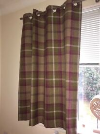 Highland check (plum) curtains and 2 matching pillows