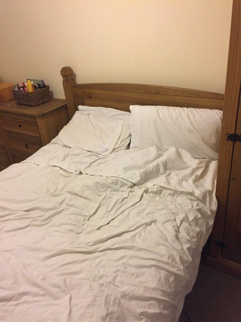 4pc Bedroom Furniture Set