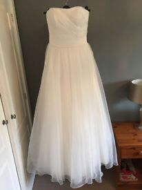 Wedding dress - new, Size 8-10, white, strapless, chiffon, corset back