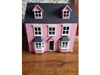 Chad Valley wooden 3 storey dolls house, furniture & 4 people